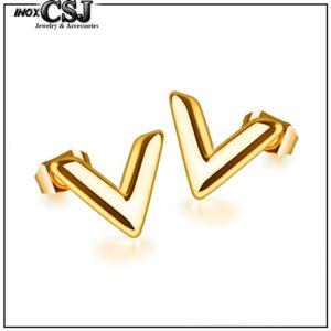 Bông tai titan chữ V mạ vàng tươi cao cấp giá rẻ
