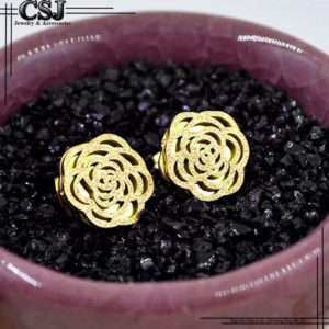 Công Sang chuyên bán bỏ sỉ cung cấp các mẫu Bông tai titan hình bông hoa phun cát mạ vàng đẹp giá rẻ nhất HCM tại CSJ