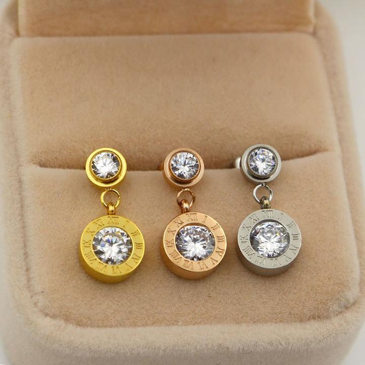 Bông tai titan sô la mã mạ vàng có đính đá