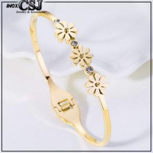 Công sang chuyên bán sỉ bỏ sỉ Vòng tay titan 3 hoa cúc cách điệu thời trang Hàn Quốc đẹp giá rẻ tại CSJ