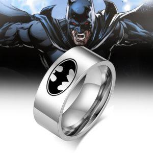 nhẫn nam inox bat man , nhẫn khắc siêu nhân bát man bảng 8mm
