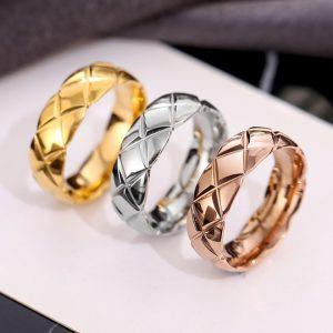 Nhẫn titan cắt vát hình kim cương thời trang Hàn Quốc