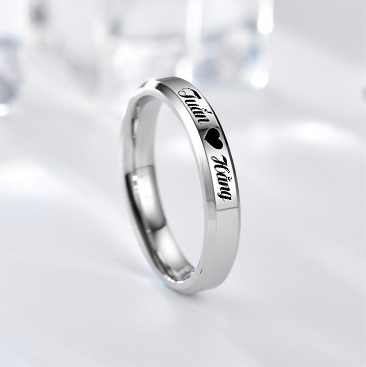 Nhẫn cặp đôi inox 4mm khắc mẫu minh họa