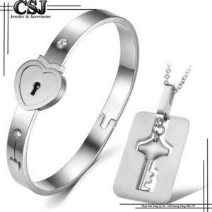 bộ trang sức cặp đôi titan vòng tay ổ khóa và dây chuyền chìa khóa