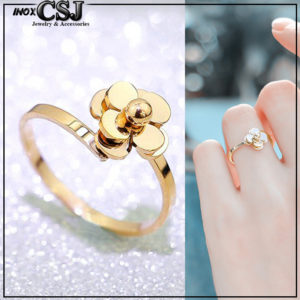 Nhẫn titan hoa trà free size màu được thiết kế sắc xảo giá rẻ tại CSJ