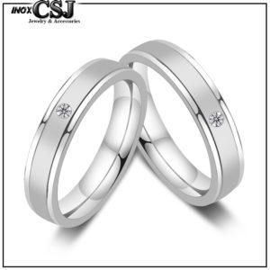 Trang sức tình nhân cặp đôi inox CSJ chuyên bán sỉ nhẫn cặp sọc mờ đính xoàn, nhẫn đôi inox titan cao cấp không đen, nhẫn tình nhân đẹp ý nghĩa .